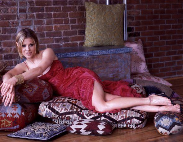 Julie-Bowen-Feet-878388
