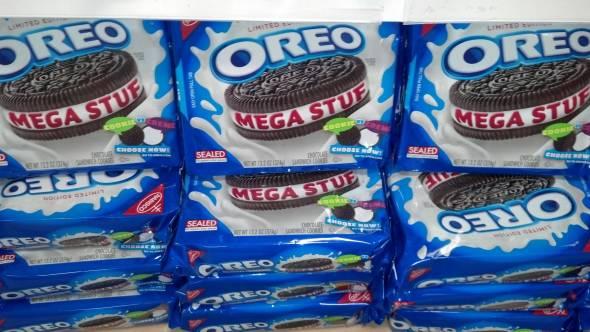 Oreo Mega Stuf